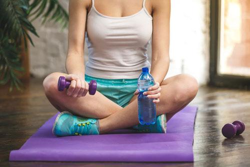 Trening w domu - niezbędne akcesoria, które przydadzą ci się podczas ćwiczeń