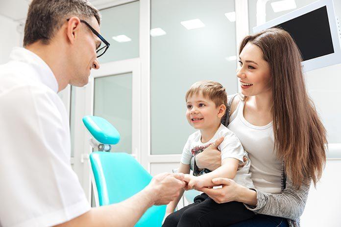 Jak przygotować dziecko na wizytę u stomatologa?